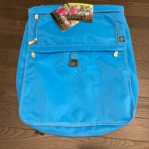 Travel Bag to attach to Luggage